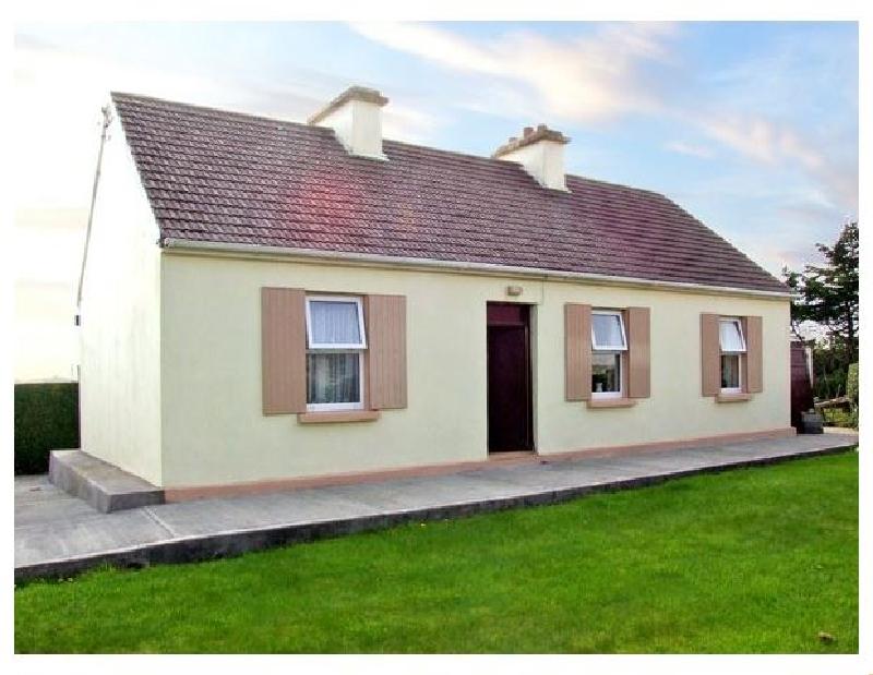 Finest Holidays - Paddy Staffs Cottage