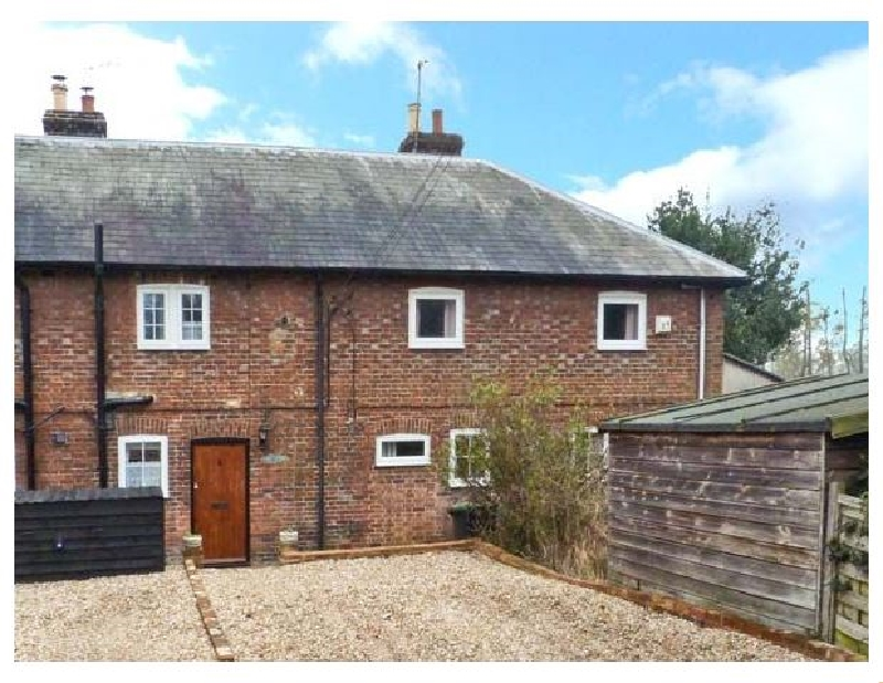 Finest Holidays - 3 Apsley Cottages