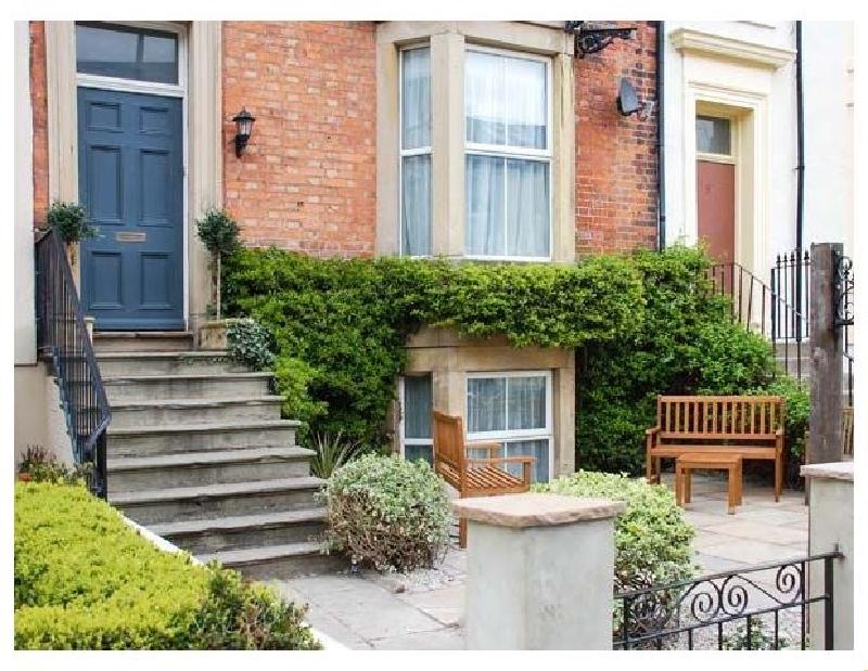 Finest Holidays - 6 Abbey Terrace
