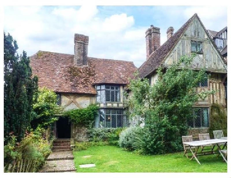 Finest Holidays - Tudor Wing
