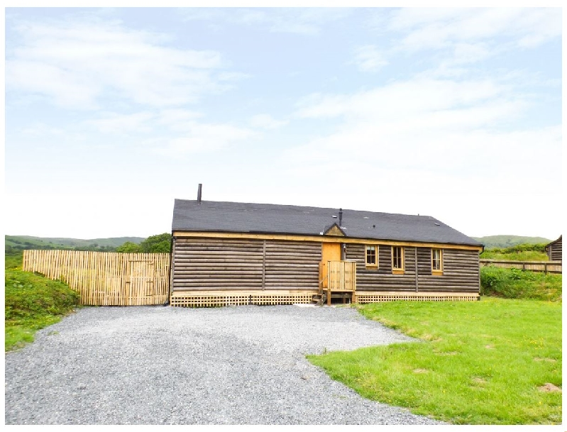 Finest Holidays - Caban Ceirw (Deer Cabin)