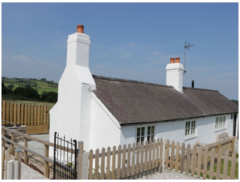 Finest Holidays - Quarry Cottage