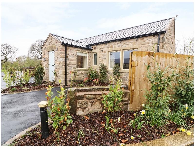 Finest Holidays - Whitewell Cottage