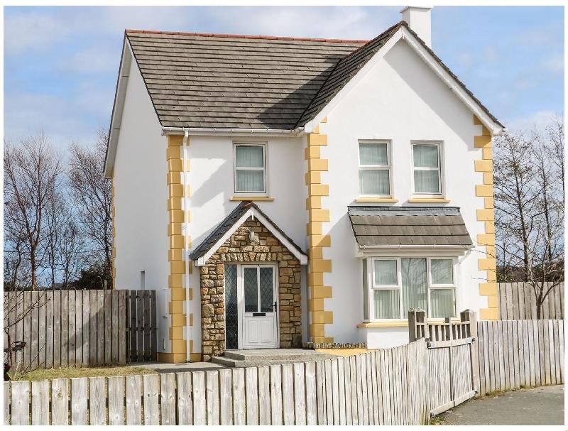 Finest Holidays - 8 Culdaff Manor