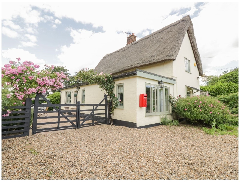 Finest Holidays - Waveney Cottage