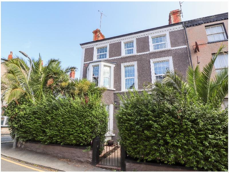 Finest Holidays - Vale House