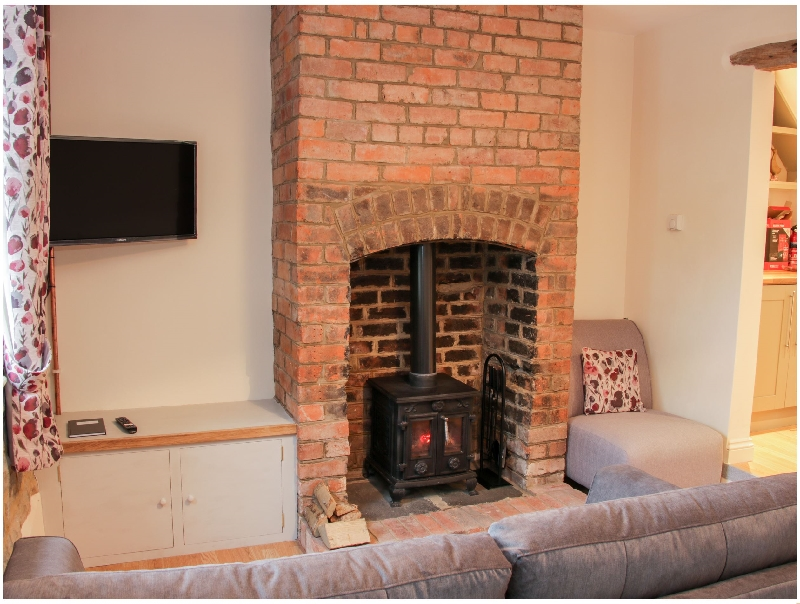 Finest Holidays - Pinner's Cottage